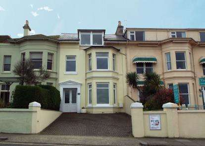 6 Bedrooms House for sale in Paignton, Devon