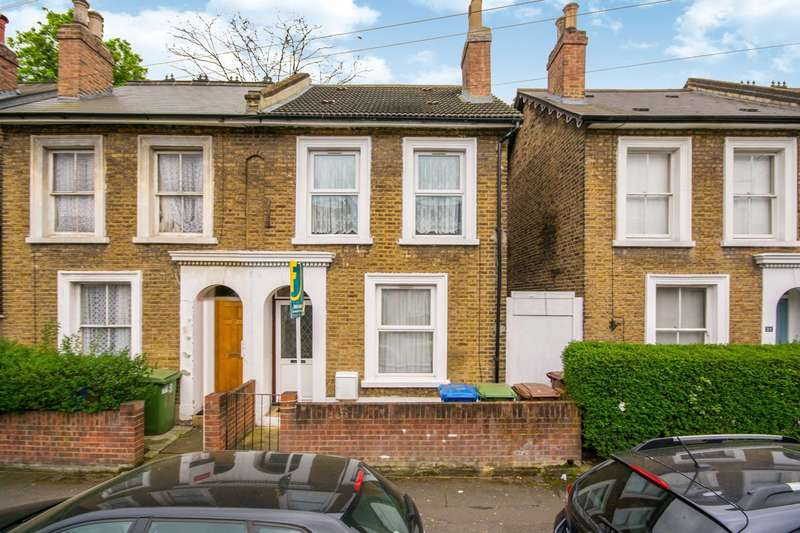 4 Bedrooms Semi Detached House for sale in Elm Grove, Peckham Rye, SE15