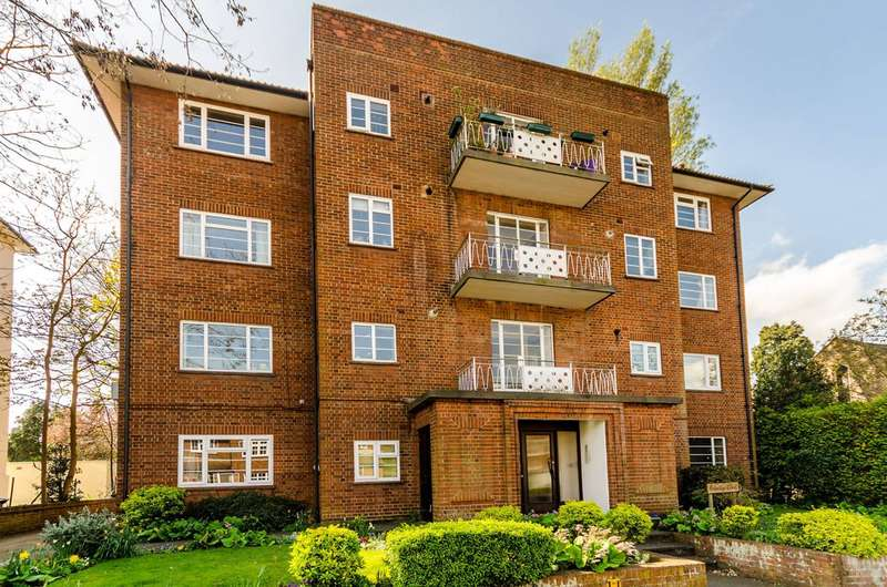 2 Bedrooms Flat for sale in Uxbridge Road, Surbiton, KT1