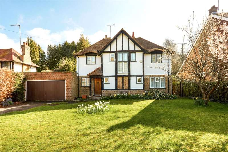 4 Bedrooms Detached House for sale in Dome Hill, Caterham, Surrey, CR3
