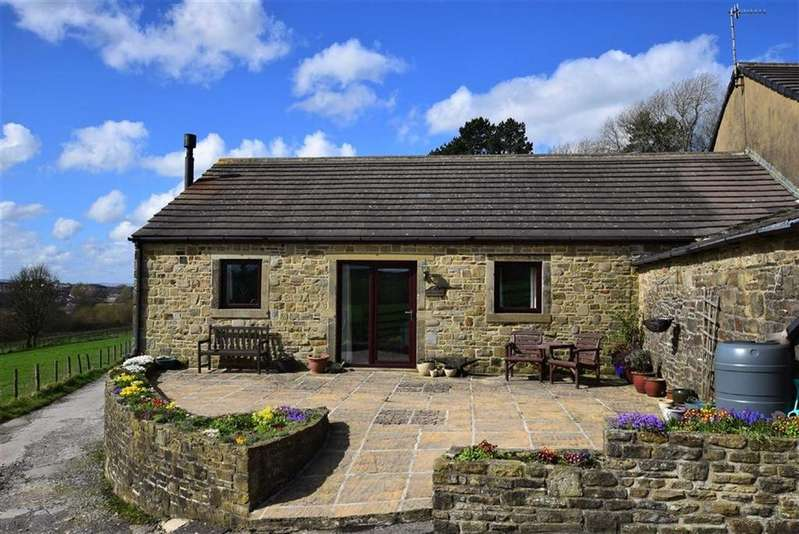 2 Bedrooms Bungalow for sale in Higher Barnsay, Barnoldswick, Lancashire