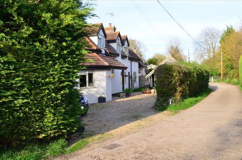 4 Bedrooms Detached House for sale in Bridge Street, Whaddon, Nr Royston, SG8