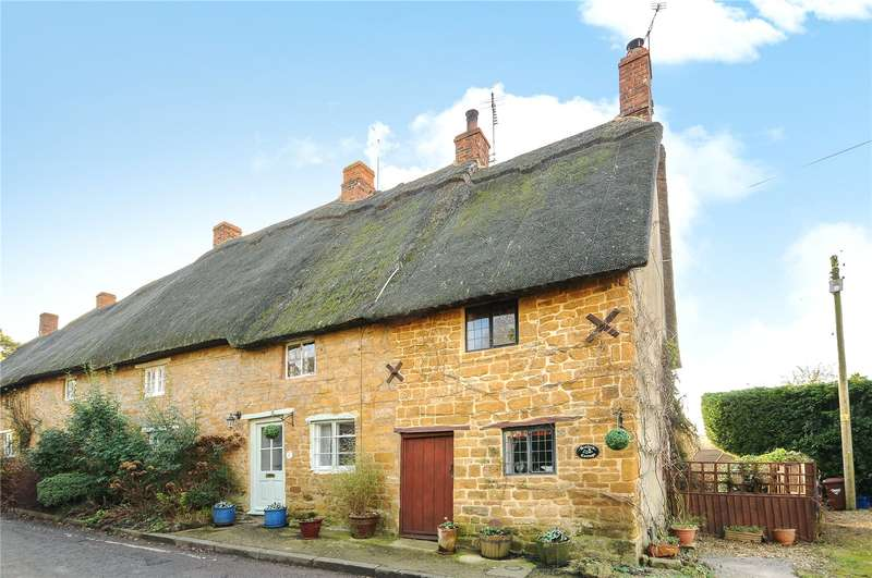 1 Bedroom Terraced House for sale in Mollington, Banbury, Oxfordshire, OX17