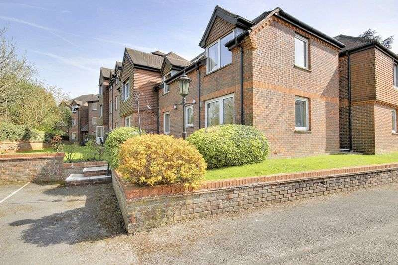 1 Bedroom Retirement Property for sale in Redwood Manor, Haslemere, GU27 2PZ
