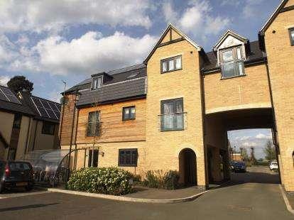 1 Bedroom Flat for sale in Nightingale Mews, Primrose Lane, Huntingdon, Cambridgeshire