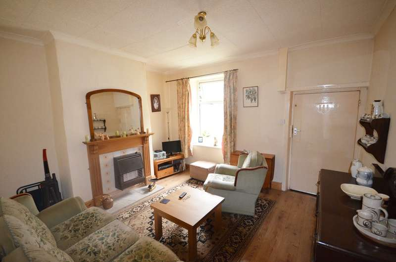 2 Bedrooms Terraced House for sale in Harwood Street, Sunnyhurst, Darwen