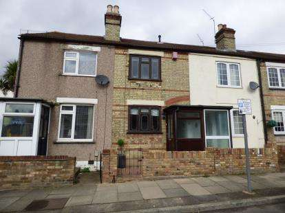 2 Bedrooms Terraced House for sale in Hornchurch