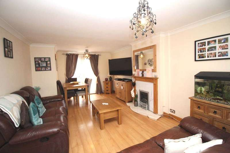 3 Bedrooms Town House for sale in Eddystone Road, Thurnby Lodge, Leicester