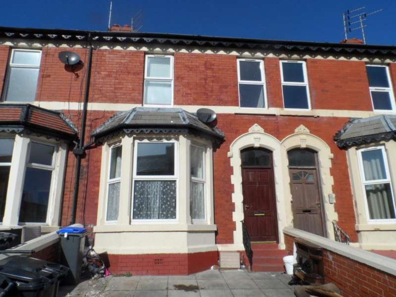 4 Bedrooms Terraced House for sale in Chesterfield Road, BLACKPOOL, FY1 2PP
