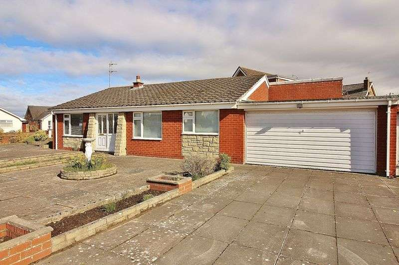 3 Bedrooms Detached Bungalow for sale in Petworth Road, Ainsdale