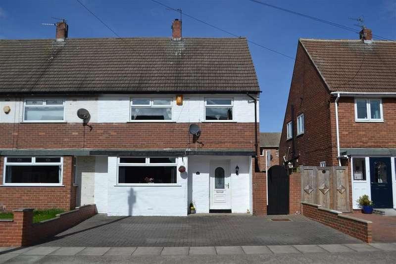 3 Bedrooms Semi Detached House for sale in Hillside Drive, Whitburn, Sunderland