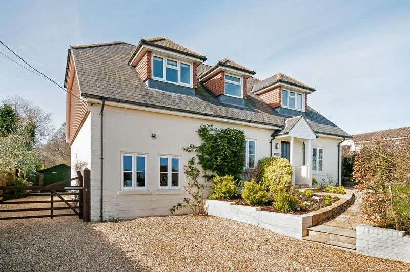 5 Bedrooms Detached House for sale in Sherfield English