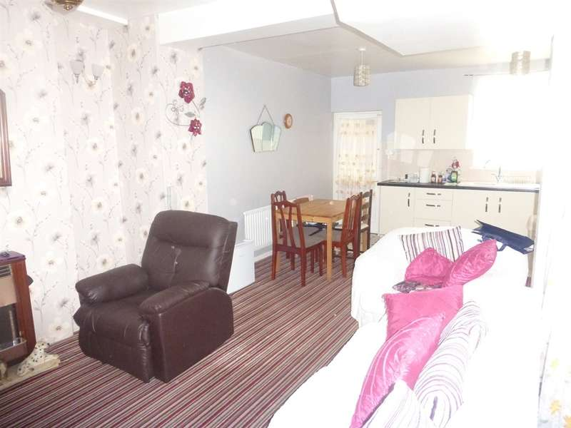 3 Bedrooms Terraced House for sale in Caerau Road, Maesteg