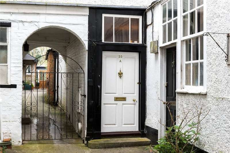 4 Bedrooms Terraced House for sale in 30A St John's Street, Devizes, Wiltshire, SN10
