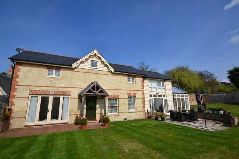 4 Bedrooms Detached House for sale in The Coach House, Walden Road, Little Chesterford, Saffron Walden, Essex, CB10 1UE