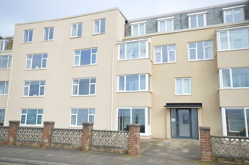 2 Bedrooms Ground Flat for sale in Crecsent Court, New South Promenade
