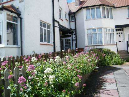 3 Bedrooms House for sale in Puzzle Corner, Meadowfields Sandsend, Whitby, North Yorkshire