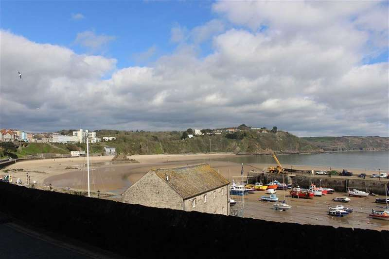 1 Bedroom Flat for sale in Sparta House, Crackwell Street, Tenby