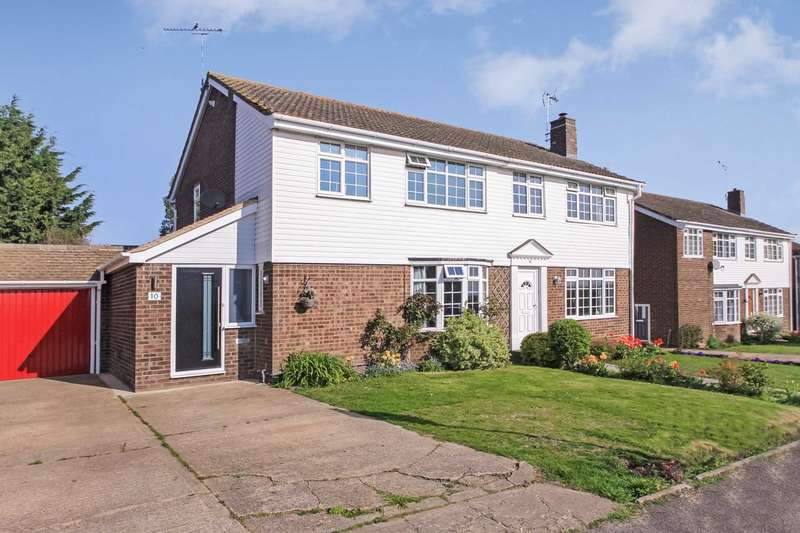 4 Bedrooms Semi Detached House for sale in Leeches Way, Cheddington