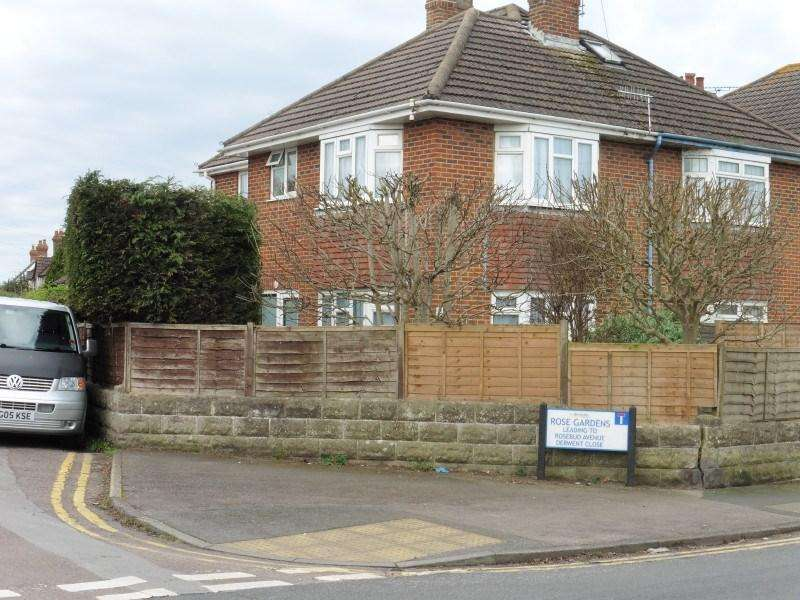 2 Bedrooms Semi Detached House for sale in Malvern Road, Bournemouth