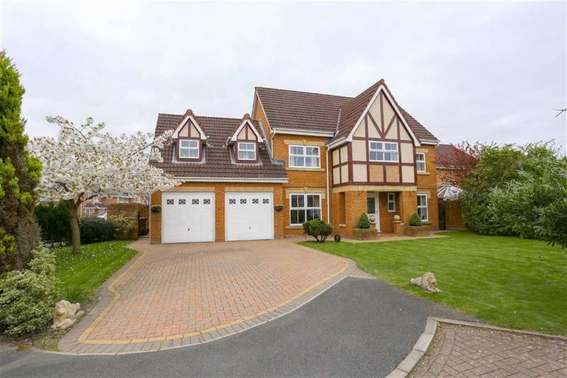 6 Bedrooms Detached House for sale in Hall Pool Drive, Offerton, Stockport