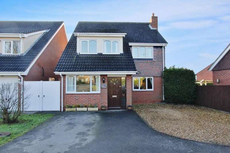 5 Bedrooms Detached House for sale in Comberford Road, Tamworth