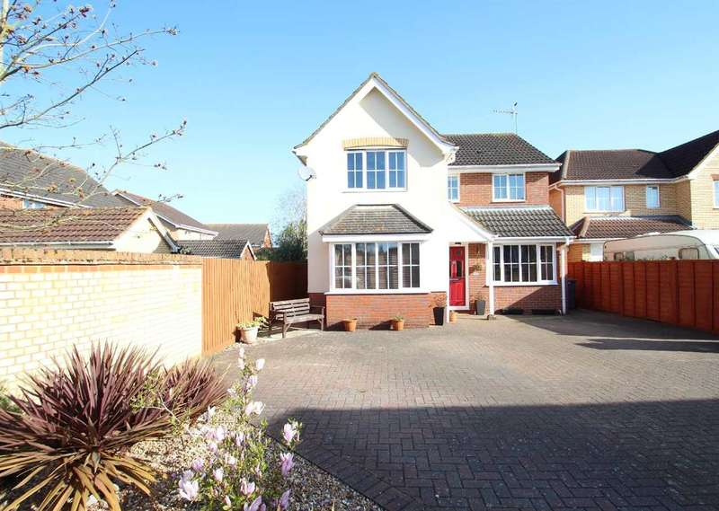 4 Bedrooms Detached House for sale in St. Agnes Way, Kesgrave, Ipswich