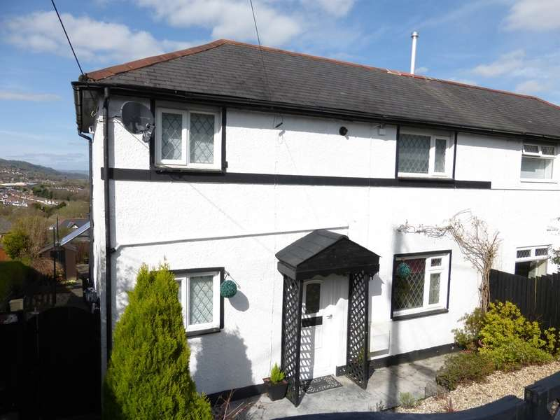 2 Bedrooms Semi Detached House for sale in Bryngwyn, Caerphilly