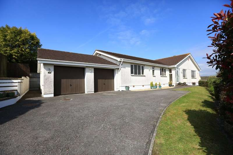 5 Bedrooms Detached Bungalow for sale in Elburton, Plymouth