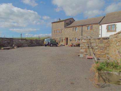 4 Bedrooms Semi Detached House for sale in Tunstead, Bacup, Lancashire, OL13