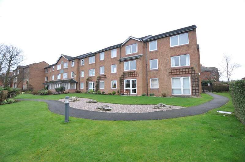 1 Bedroom Apartment Flat for sale in Whitegate Drive, Blackpool, Lancashire, FY3 9EN