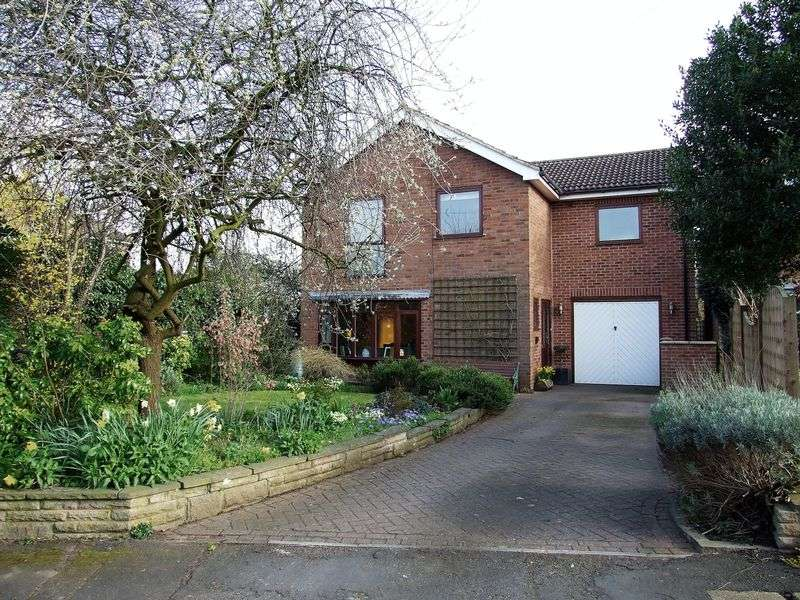 4 Bedrooms Detached House for sale in Old Way, Hathern