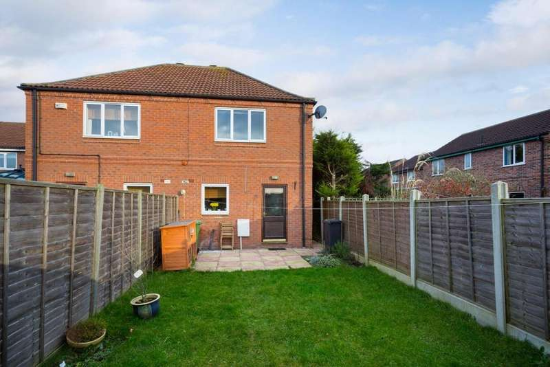 2 Bedrooms House for sale in New Lane, Huntington, York