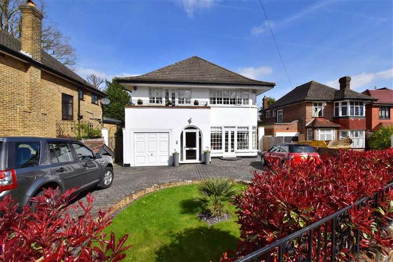 4 Bedrooms Detached House for sale in New Street Hill, Bromley, Kent