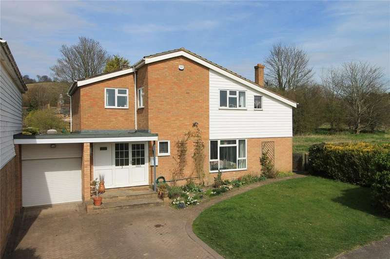 5 Bedrooms Detached House for sale in Chart View, Kemsing, Sevenoaks, Kent, TN15