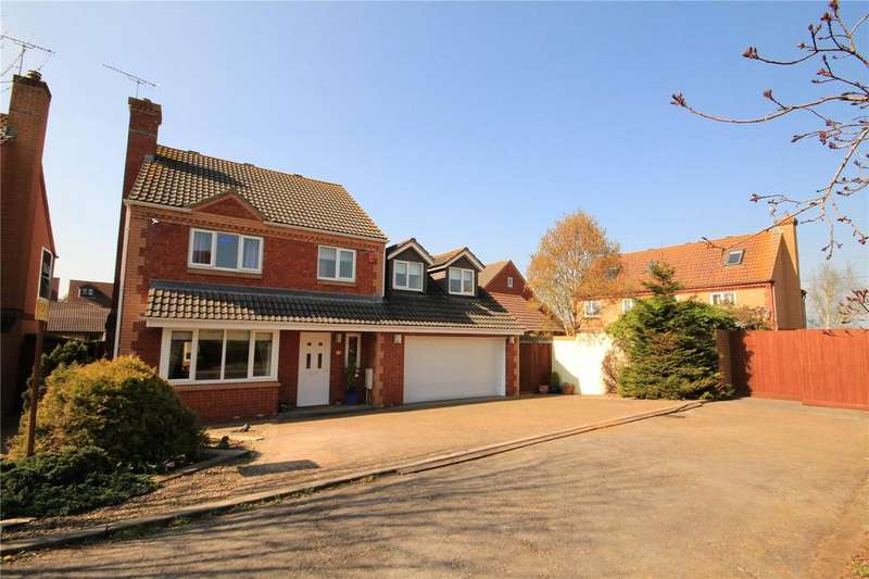 4 Bedrooms Detached House for sale in Wayleaze, Coalpit Heath, Bristol, BS36