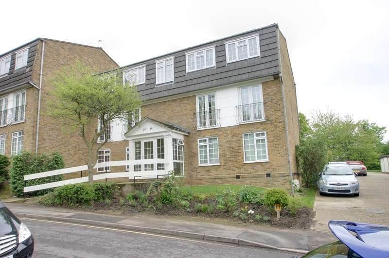 2 Bedrooms Property for sale in Crofton Way, Enfield