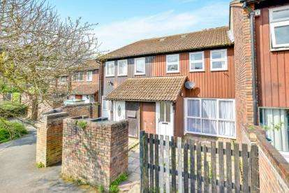 4 Bedrooms Terraced House for sale in Pipard, Great Linford, Milton Keynes