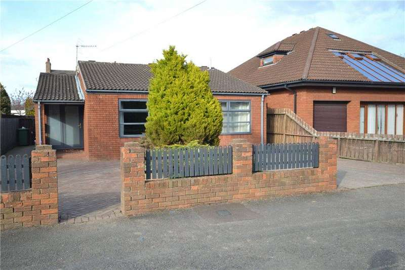 3 Bedrooms Detached Bungalow for sale in Clifton Avenue, Eaglescliffe, Stockton-on-Tees