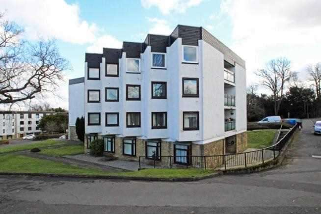 2 Bedrooms Apartment Flat for sale in Bothwell House, Hamilton