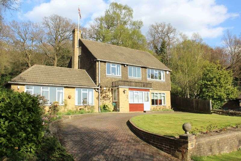 5 Bedrooms Detached House for sale in High Beech, South Croydon, Surrey