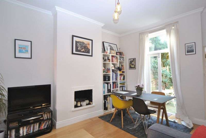 1 Bedroom Flat for sale in Archway Road, London, N6