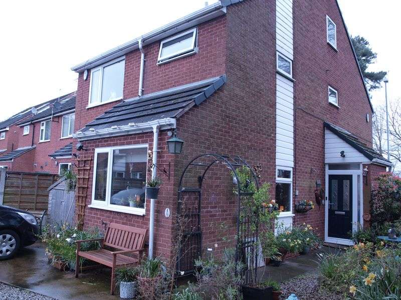 4 Bedrooms Detached House for sale in Lime Court, Leftwich, Northwich, CW9 8DR