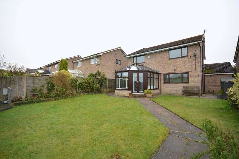 4 Bedrooms Detached House for sale in Sherbourne Road, Baxenden