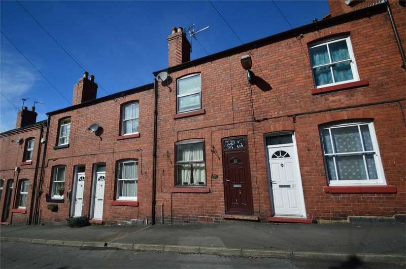 2 Bedrooms Terraced House for sale in Orchard Street, Highley, Bridgnorth, Shropshire