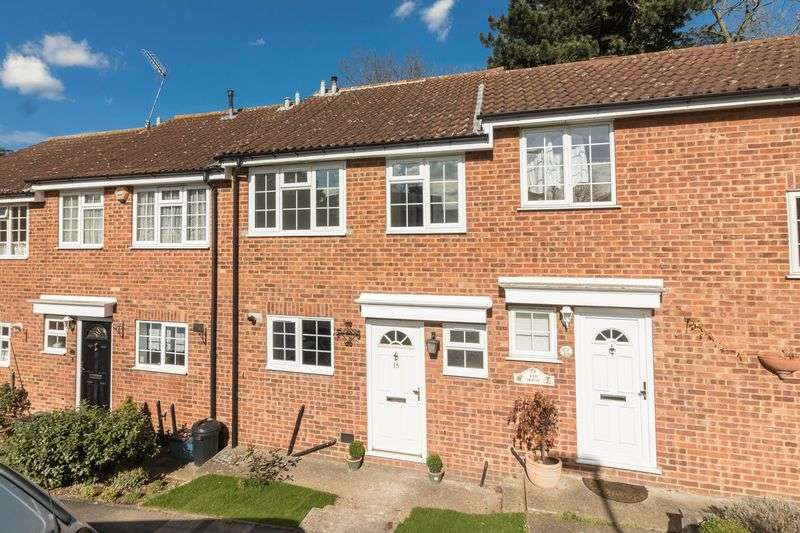 3 Bedrooms Terraced House for sale in Jacklin Green, Woodford Green