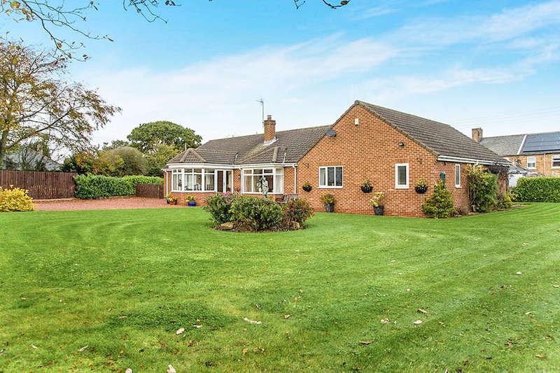 4 Bedrooms Detached Bungalow for sale in The Grange Grangewood Terrace, Stobswood, Morpeth, NE61
