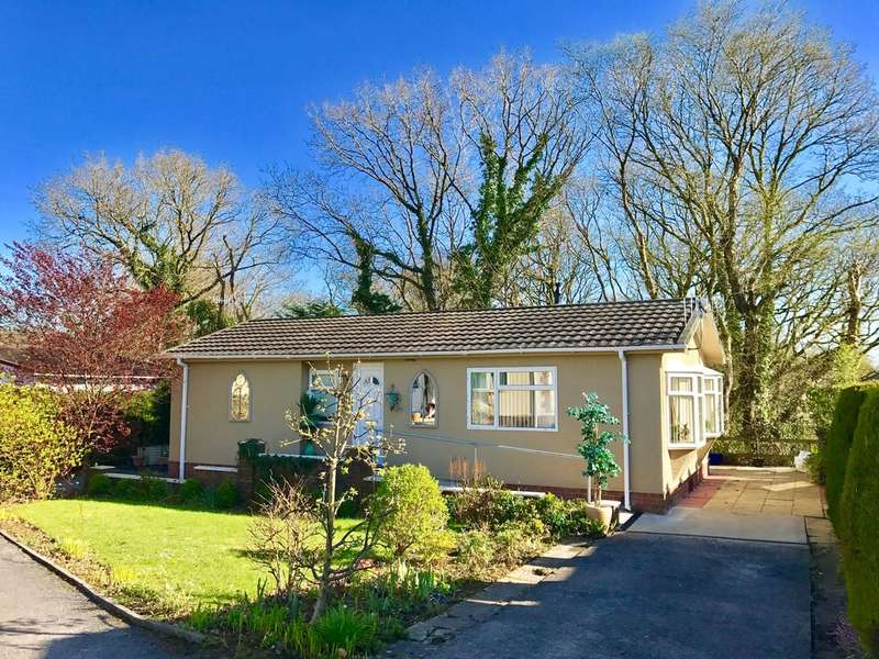 2 Bedrooms Detached Bungalow for sale in Neath Road, Bryncoch, Neath