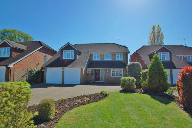 5 Bedrooms Detached House for sale in Farthing Green Lane, Stoke Poges, SL2