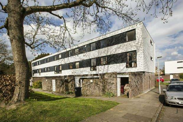 2 Bedrooms Flat for sale in Oaklands, Hamilton Road, Reading